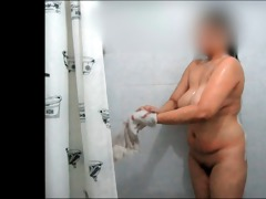 celeste showers her large rack for dad danny