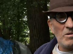homeless oldmen fucks teeny in three-some